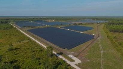 BayWa r.e. Sells 41 MWp Lacs Médocains Solar Park to Sonnedix and Allianz Global Investors