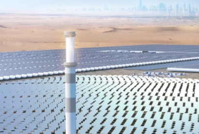 Central Tower of 700 MW CSP Project Tops Out in Dubai