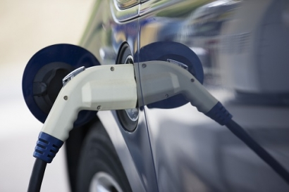 Research Shows UK's Electric Car Uptake Remains Stubbornly Low