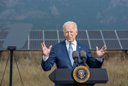 Biden Visits National Renewable Energy Laboratory