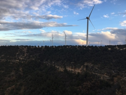 Leeward Completes Repowering and Financing for Mendota Hills Wind Farm