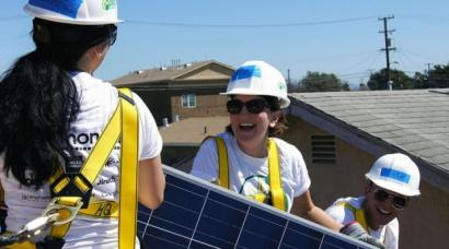 El Foro Solar analiza en su segundo día el enorme potencial de reindustrialización de la energía fotovoltaica