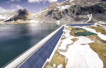 La fotovoltaica escala hasta la presa más alta de Europa
