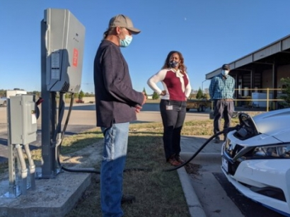 Roanoke Electric Cooperative to Pilot Vehicle-to-Grid Technology
