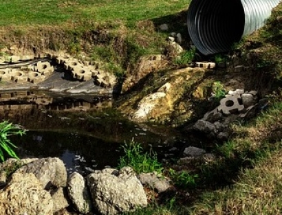 How the Energy Industry Contributes to Water Pollution