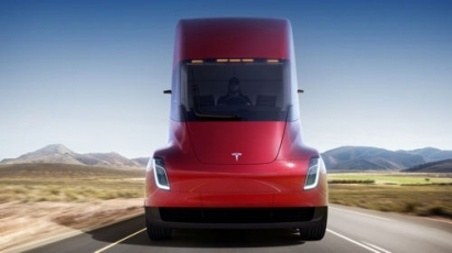 UPS Orders 125 Tesla Trucks