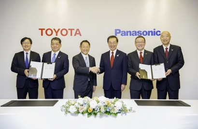 Toyota and Panasonic Consider Joint Battery Business