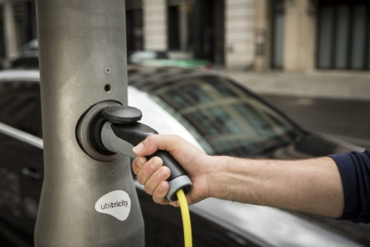 Zapmap Shows Ubitricity Leads the List  of UK's Public Charging Networks