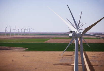 Infrastructure and Energy Alternatives Lands Contract for Two Wind Projects in Texas
