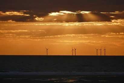 URI Researchers Awarded $1.2 Million to Study Floating Offshore Wind Turbines