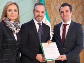 Tres centrales geotérmicas climatizarán los invernaderos de plástico de Almería