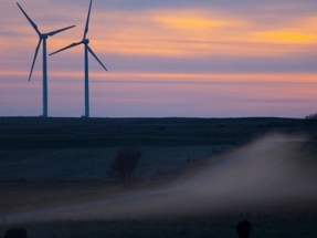 Tesla and BP Test Battery Storage at South Dakota Wind Farm