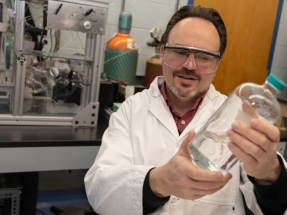 WPI Helps Develop an Extraction Process that May Provide a More Economical Way to Make Biofuel