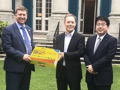 British Ambassador commends Azuri next-generation energy in Africa