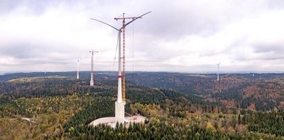 German wind company achieves record for tallest wind turbine