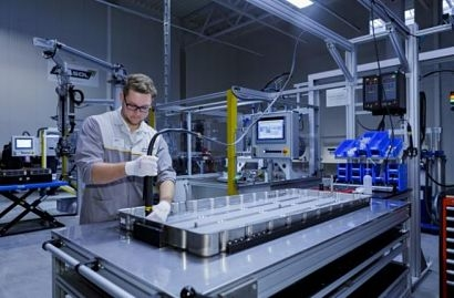 Akasol opens new production facility for lithium-ion batteries