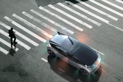Volvo calls for universal safety standard for autonomous car communication with new 360c concept