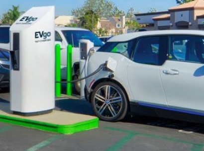 Electric/Hybrid - Nissan and EVgo open ?I-95 Fast Charging