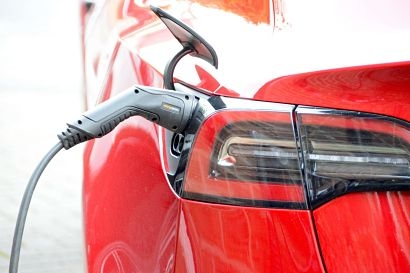 80 percent of business employees will return to electric company cars says DriveElectric