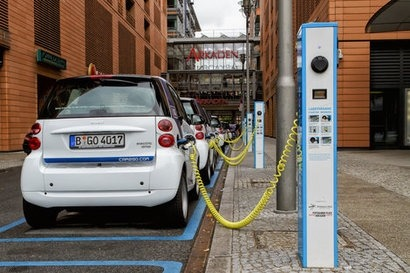 European Commission approves German EV charging infrastructure