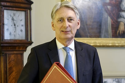 UK Chancellor of the Exchequer promises to deliver measures tackling climate change