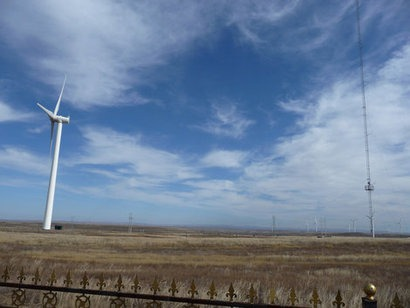 China on track to triple its non-hydropower installed renewable energy capacity