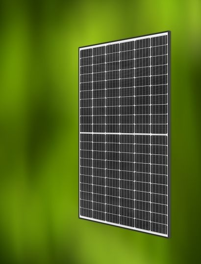 REC Group begins production of new monocrystalline PV panels