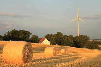New UK government poll shows increase in support for onshore wind