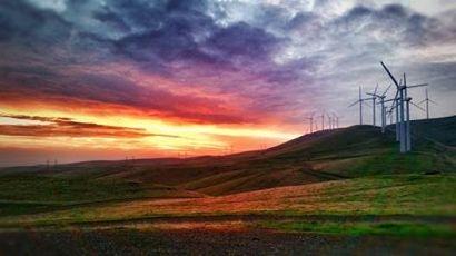 Deutsche Windtechnik executes service agreement with Leeward Renewable Energy