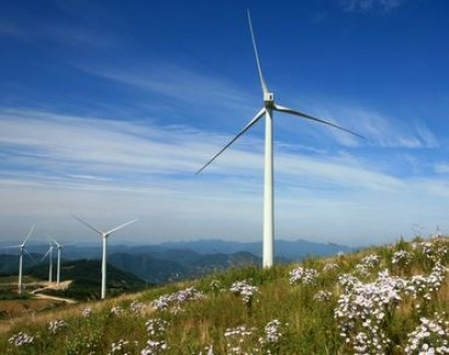 UK Conservatives wrong to criticise wind power