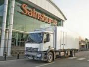 Sainsbury's is the first to introduce a refrigerated truck cooled by a liquid nitrogen engine
