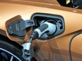 Stop & Shop Partners with Volta Charging to provide EV charging stations to shoppers at no cost