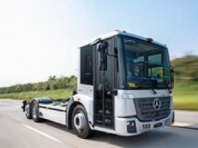 Testing of Mercedes-Benz electric refuse truck in full swing