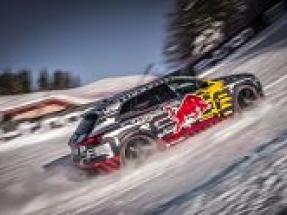 Audi e-tron makes successful ascent of legendary downhill ski course
