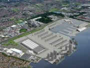 UK Energy Secretary visits Siemens wind manufacturing site under construction in Hull
