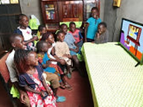 Azuri helping Kenyan children to continue education off-grid