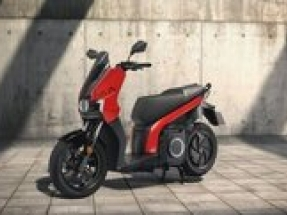 SEAT further electrifies range with launch of SEAT MÓ eScooter 125