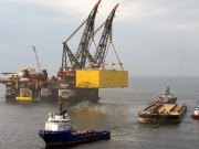 Siemens installs third HVDC platform in the North Sea for TenneT