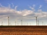 Big brands signed for more than half of new wind contracts in 2015