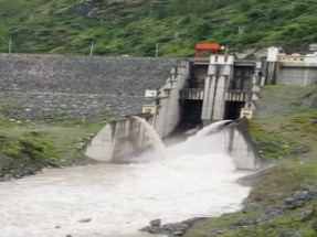 Using a digital campaign to battle opposition to hydroelectric energy