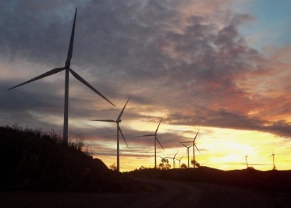Wind power could meet 70% of emissions pledge, and create jobs
