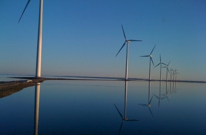 Vestas still world leader in turbines, but Asia growing more competitive, report says
