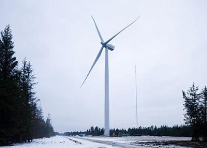 Siemens installs 4 MW turbine prototype in Denmark