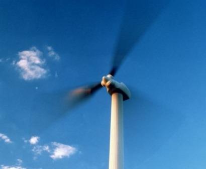 Wind power surpasses water as top renewable energy resource in US