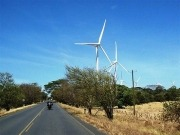Bolivia turns to wind energy: a power source that Nicaragua reports dampens price hikes