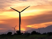 Vestas sees out 2011 with orders from seven countries