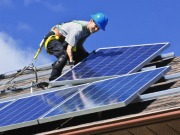 """Solar could become """"plaything for wealthy"""""""