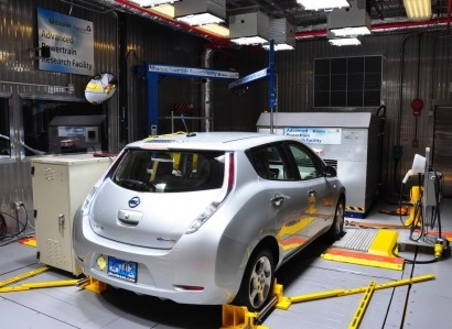 Sales of plug-in electric vehicles project to top 17,000 in India by 2018