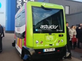 Paris rolls out electric driverless minibus in pollution fight