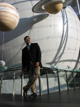 Astrophysicist Neil deGrasse Tysontackles renewable energy's future